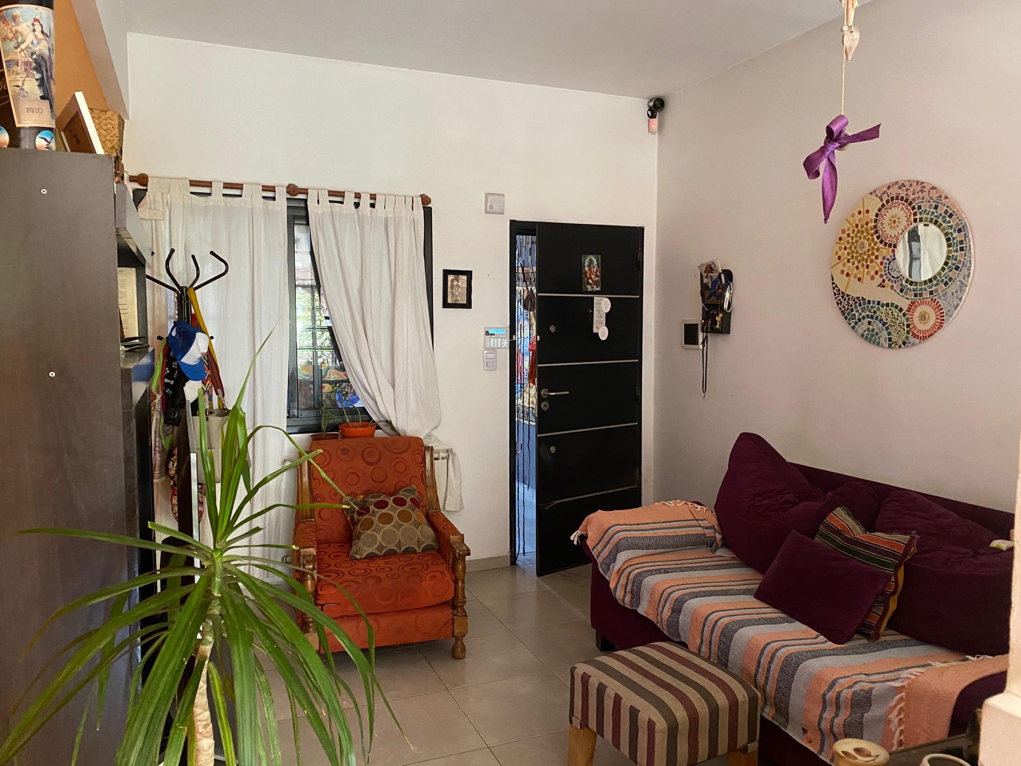 Duplex en Venta con renta , San Martin 4300.-