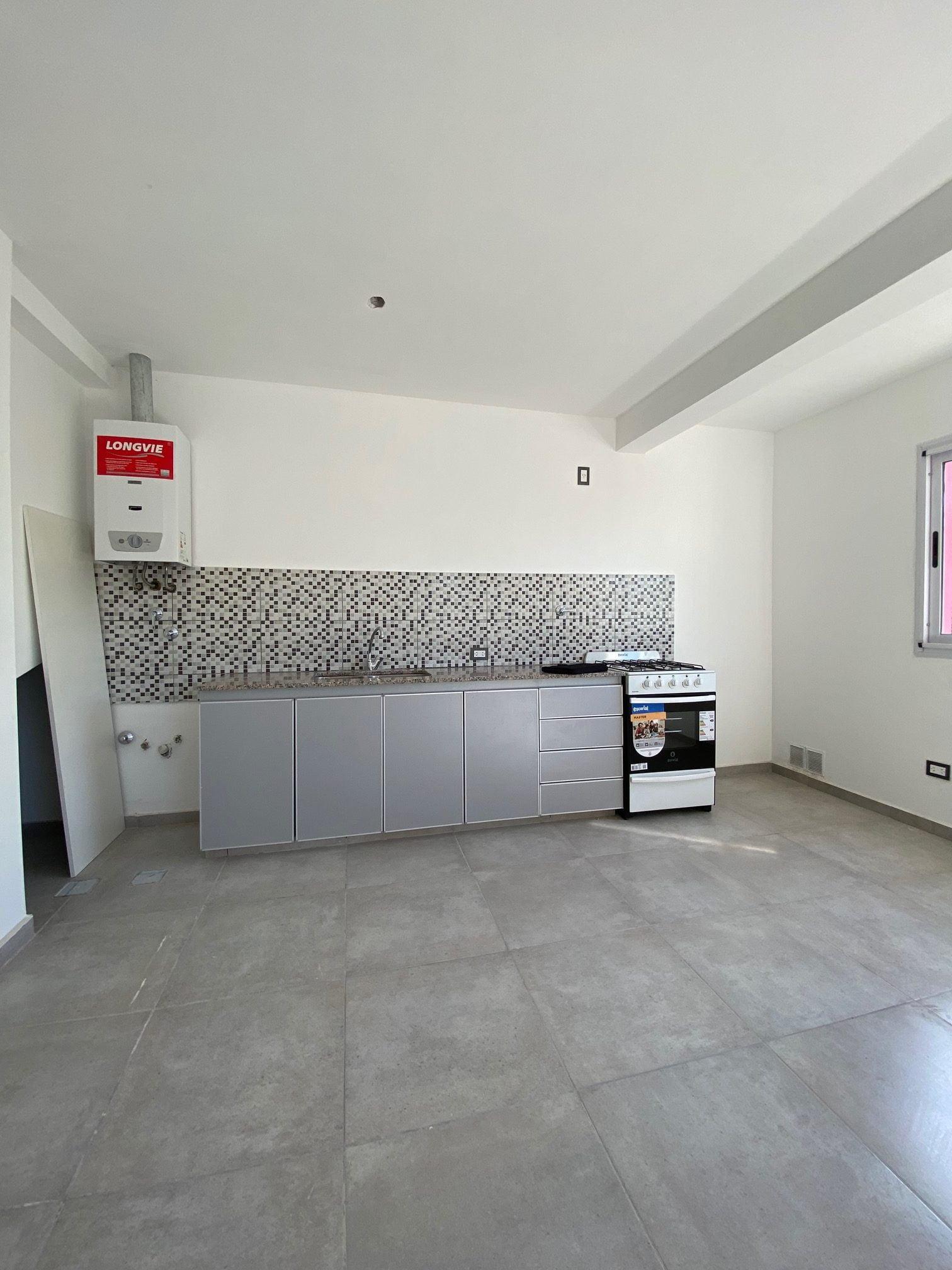 Departamento en Duplex de 2 dormitorios con cochera a Estrenar, en alquiler en  Br Mariano Moreno.