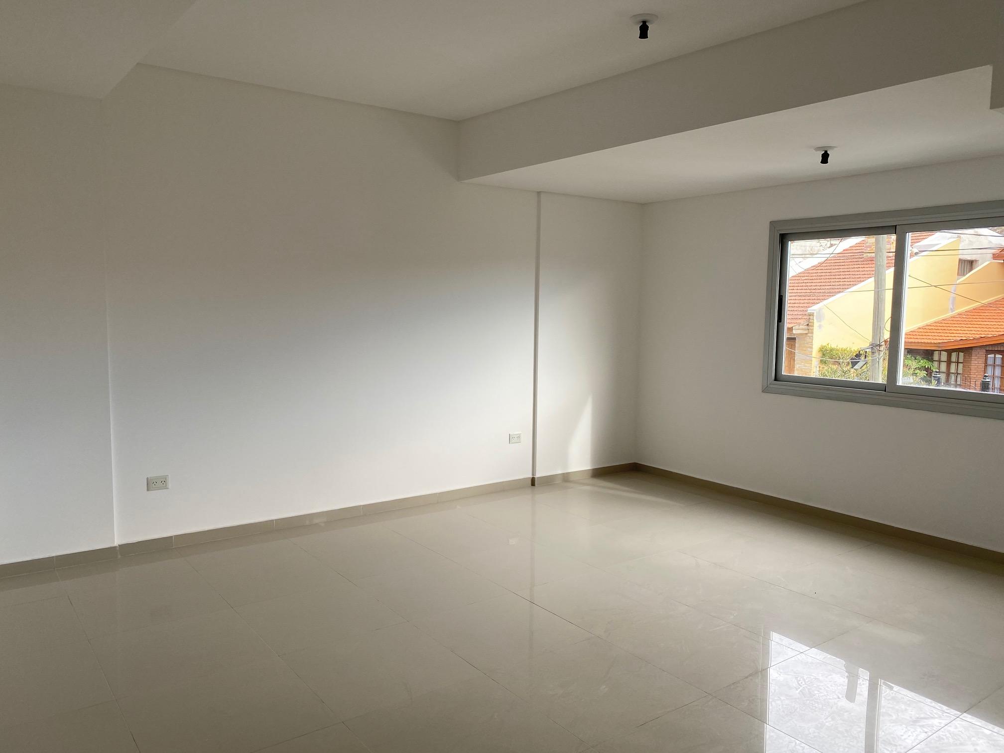 Venta Departamento de 1 dormitorio con cochera,  Edificio Elizabetta