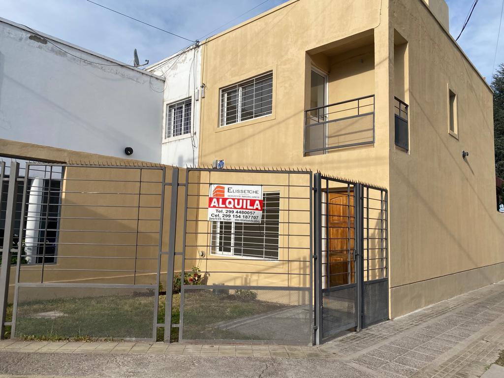Duplex de 2 dormitorios en Alquiler Barrio Belgrano para Octubre 2021